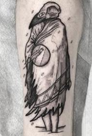 18张胳膊上的黑灰手臂创意纹身图案