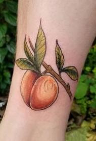 很逼真的一组写实水果纹身图案欣赏