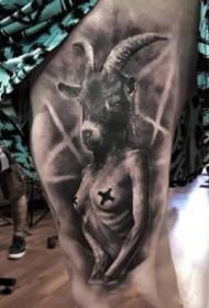 很个性的一组暗黑有故事的纹身图案