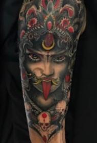 手臂人像女郎:欧美纹在胳膊上的女郎人像纹身图案