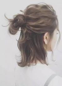 酷酷的女生短发半丸子头图片参考