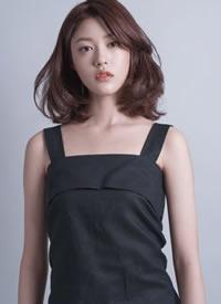 一组韩国女生气质中长发造型参考