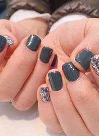 短指甲美甲也可以精致又可爱