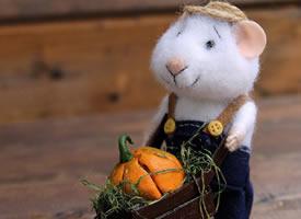 可爱萌萌哒羊毛毡小鼠壁纸图片