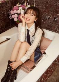 秦岚浴缸里唯美拍摄图片欣赏