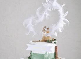 打破传统的理念带玩偶的蛋糕设计图