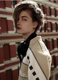 帅气的短发女生,迷人又时尚