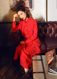 美艳红裙活动高清照片