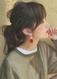 九款显得女生温柔的简单发型图片欣赏