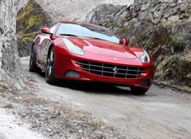 一组红色法拉利跑车超清摄影图片