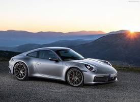 炫酷霸气的Porsche 911 Carrera 4S