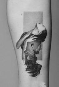 写实点刺:一组写实风格的点刺小纹身图片