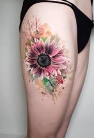 适合女生的一组很漂亮的小清新向日葵纹身图