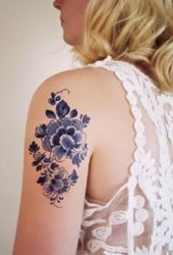一组漂亮了的青斑纹身图案观赏
