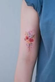 19张好看标手臂小清爽繁复花朵纹身图案