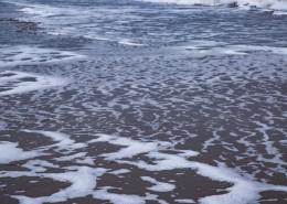 沙灘上的波浪水流痕跡圖片_11張