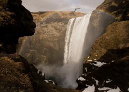 瀑布下的彩虹圖片_10張