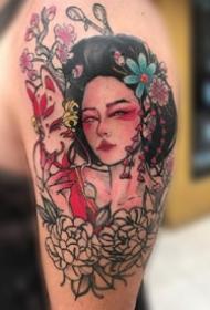 很奇特的9张个性艺妓纹身图片赏析
