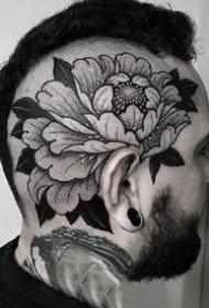 暗黑灰色的一组花草纹身图片9张