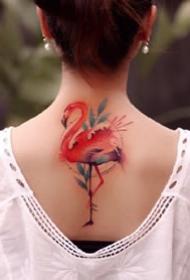 女孩子胸前锁骨处的小清新漂亮纹身图案