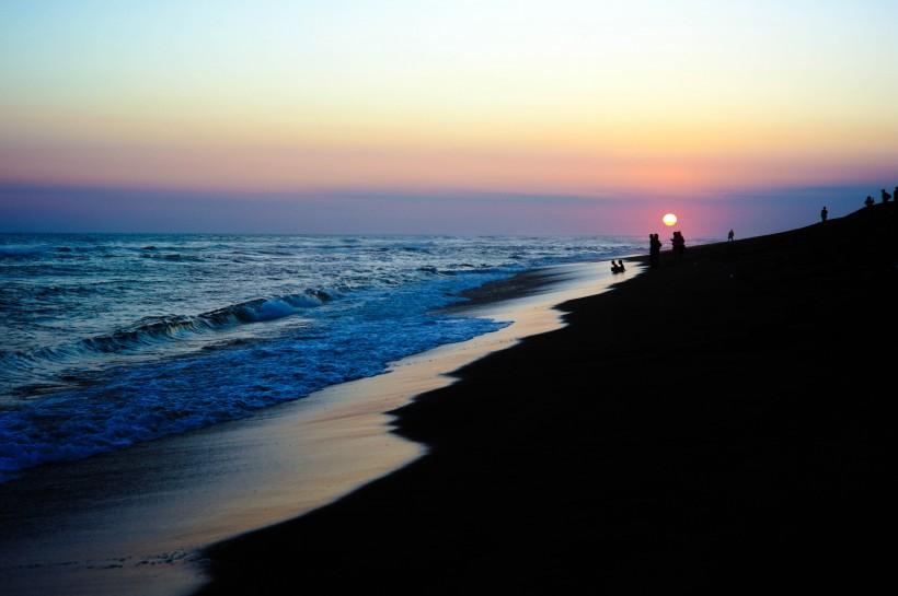 蓝色海岸图片_24张