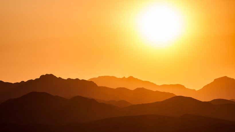 点击大图看下一张:唯美的日出日落图片