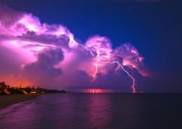 紫色闪电图片_20张