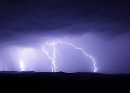 天空中的闪电图片_11张