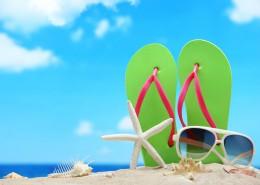 沙滩物品摆放图片_19张