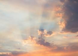 天空中透光的云彩图片_11张