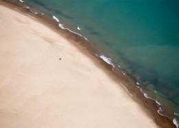 夏日的沙滩图片_18张
