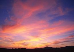 夕阳下的云彩图片_42张