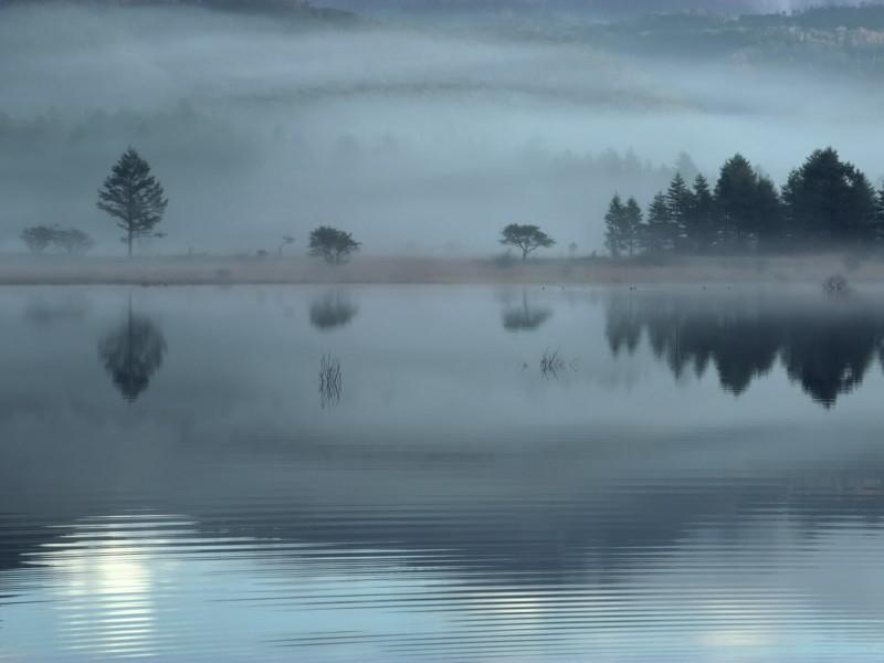 云雾缭绕自然风景图片_20张