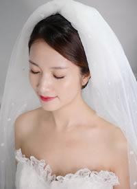 简单的韩式新娘造型,清雅动人