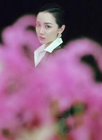陈小纭优雅妩媚时尚写真图片