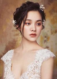 一组优雅轻复古新娘发型图片参考
