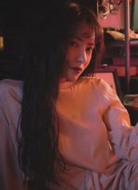 刘萌萌妩媚动人光影写真图片