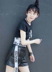刘萌萌时髦高清写真图片