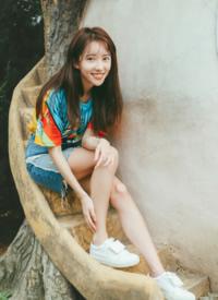 刘萌萌青春活力夏季写真图片