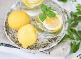 檸檬的香氣和顏色總是給人愉悅的心情