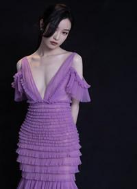 倪妮穿紫色仙女长裙写真图片欣赏