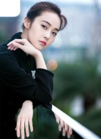 张佳宁干练时尚写真图片