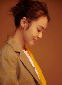 张佳宁个性混搭时尚写真图片