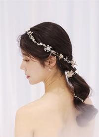 简洁,大气,端庄新娘发型图片欣赏