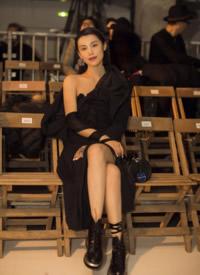 韓丹彤冷艷性感巴黎時裝周圖片
