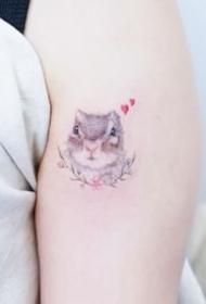适合女生的36张小清新简约纹身图案