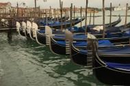 威尼斯贡多拉小船图片_30张
