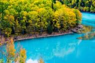 新疆喀纳斯湖金秋风景图片_11张