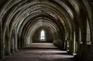 英国喷泉修道院建筑风景图片_7张