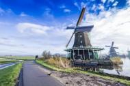 荷兰桑斯安斯的风车风景图片_19张